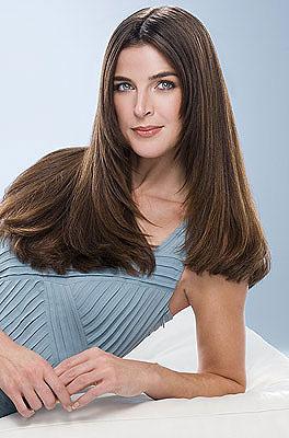девушка с прямыми волосами фото