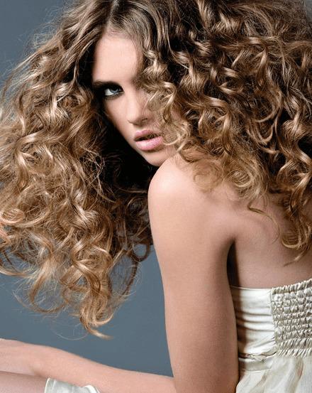вьющиеся волосы фото