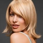 Слоистая стрижка каскад на волосы средней длины