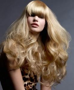 челка и длинные волосы