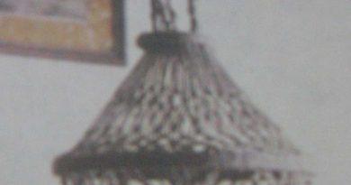абажур-с-деревянными-бусинами