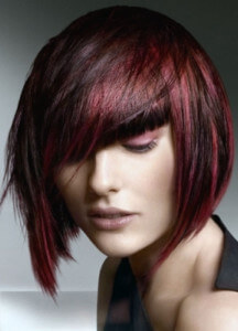 женские стрижки с косой челкой фото