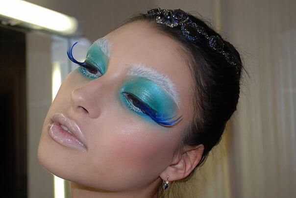 фото макияж лебедя