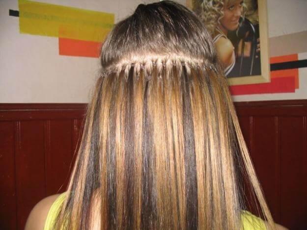 наращивание волос с помощью металлических бусинок