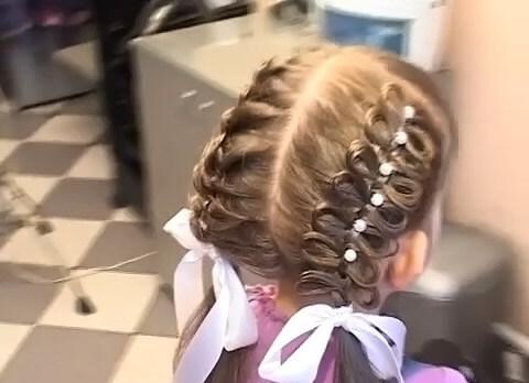 Как сделать красивую косу на выпускной