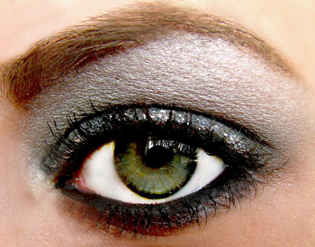 макияж каре-зеленых глаз фото
