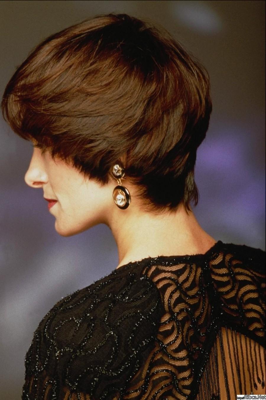 Короткие женские стрижки с закрытыми ушами