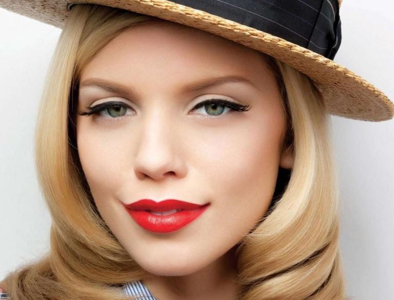 фото как увеличить губы с помощью макияжа
