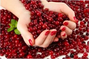 ягоды на ногтях фото