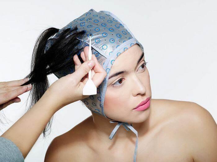 как мелировать волосы дома