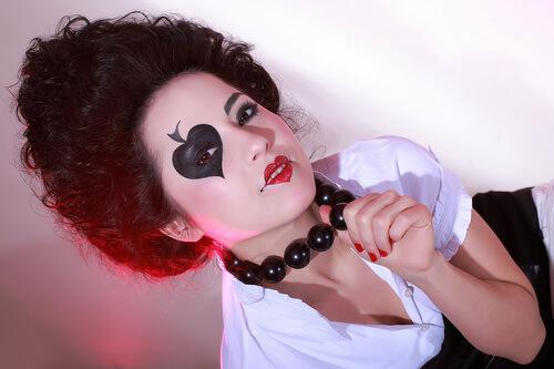 фото макияжа пиковой дамы на хэллоуин