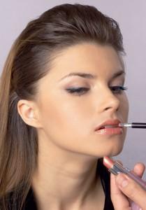 фото как визажисты увеличивают губы