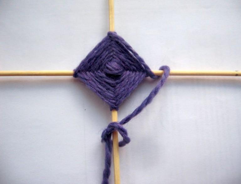 простой способ плетения мандалы