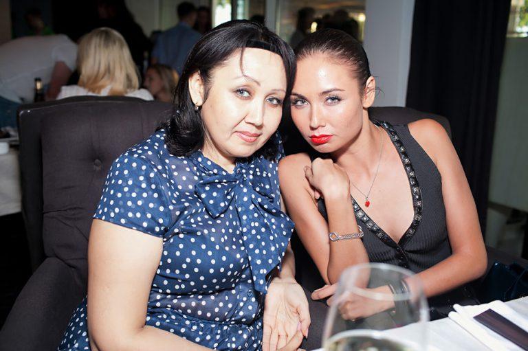 фото Утяшевой и покойной мамы