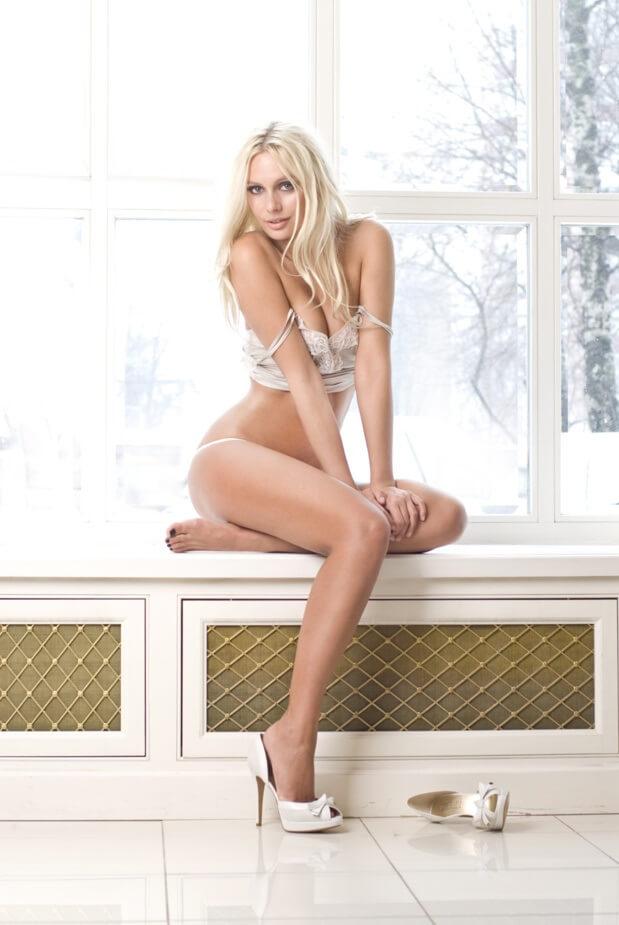 Фото голая Наталья Рудова в Максим