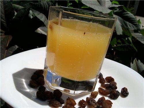 Фото традиционный напиток из пивных дрожжей