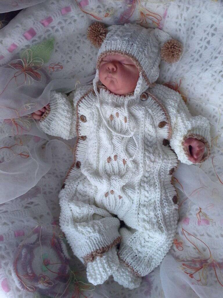 вязаный комбинезон для новорожденного спицами с подробным описанием