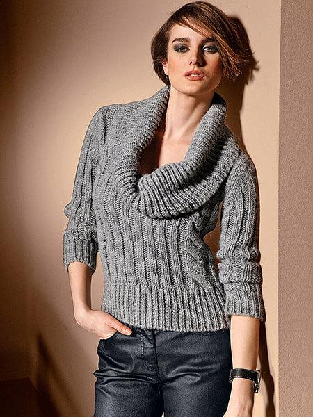 Фото пуловер с хомутом мода 2017 год