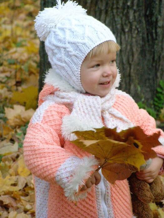 Фото вязанная шапочка для детей 2 лет