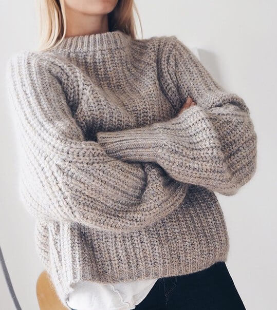 Фото модный пуловер бесформенный 2017 год