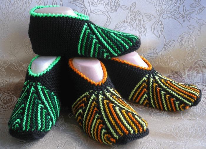 Фото радужные носки следки спицами