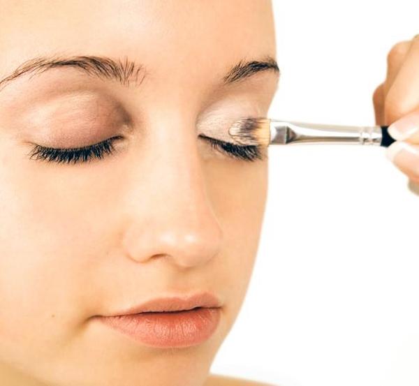 макияж нависших век фото