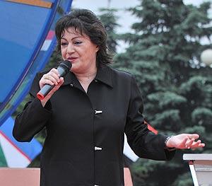 Фото Ирина Отиева на агитационной программе