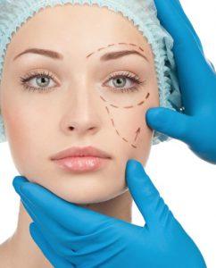 работа косметолога и хирурга