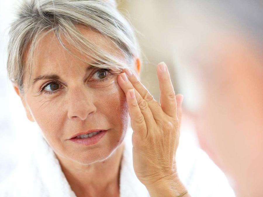 уход за кожей лица после 60