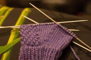 Фото вязание митенок на 4 спицах
