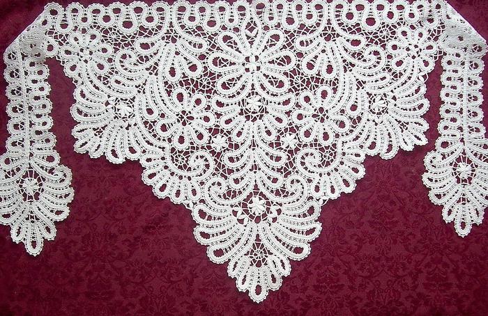 Фото шаль в технике брюггского кружева