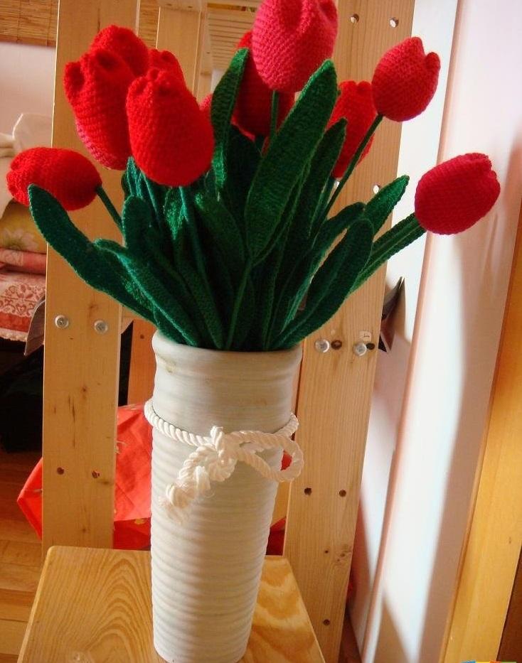 Фото вязаные тюльпаны крючком