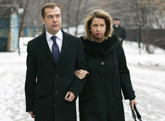 Медведев с женой