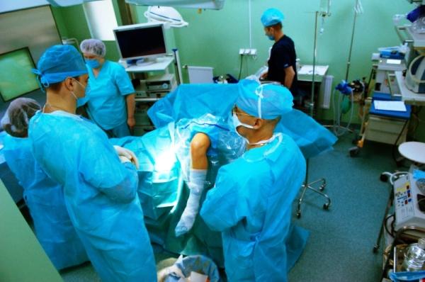 операция на колене