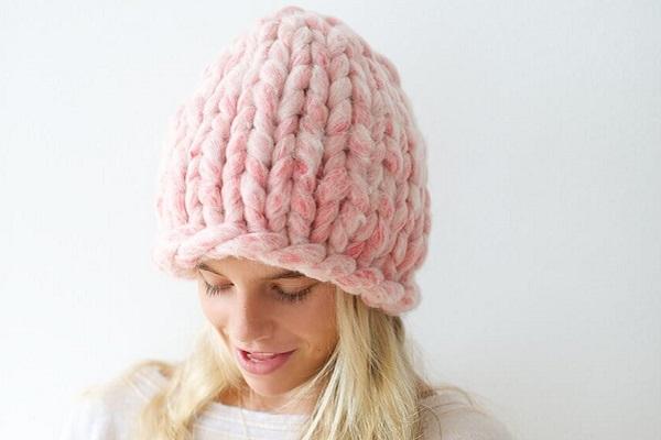 Женская шапка Хельсинки из толстой пряжи