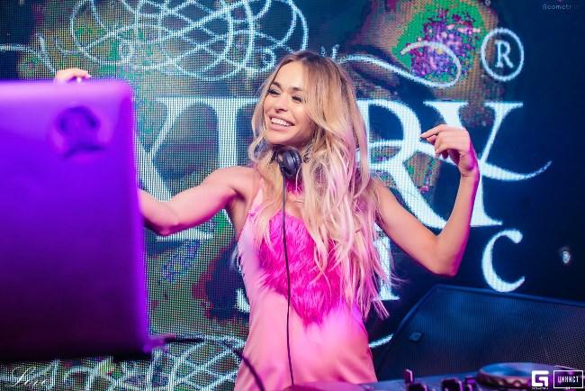 DJ Анна Хилькевич