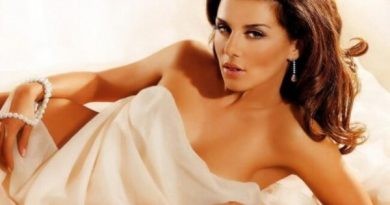 Соблазнительная красавица Анна Седокова, её биография и перипетии в личной жизни