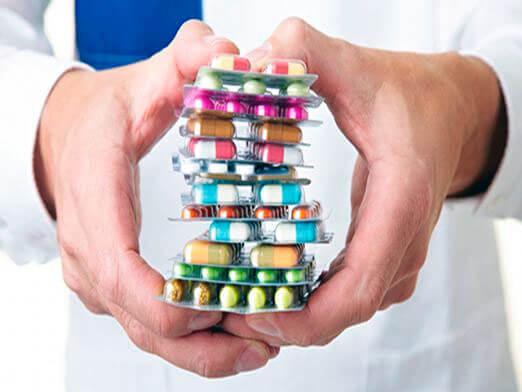 в капсулах лекарства для сердца