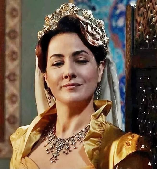 Фатима султан