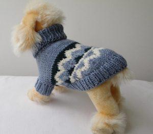 свитер спицами собакам