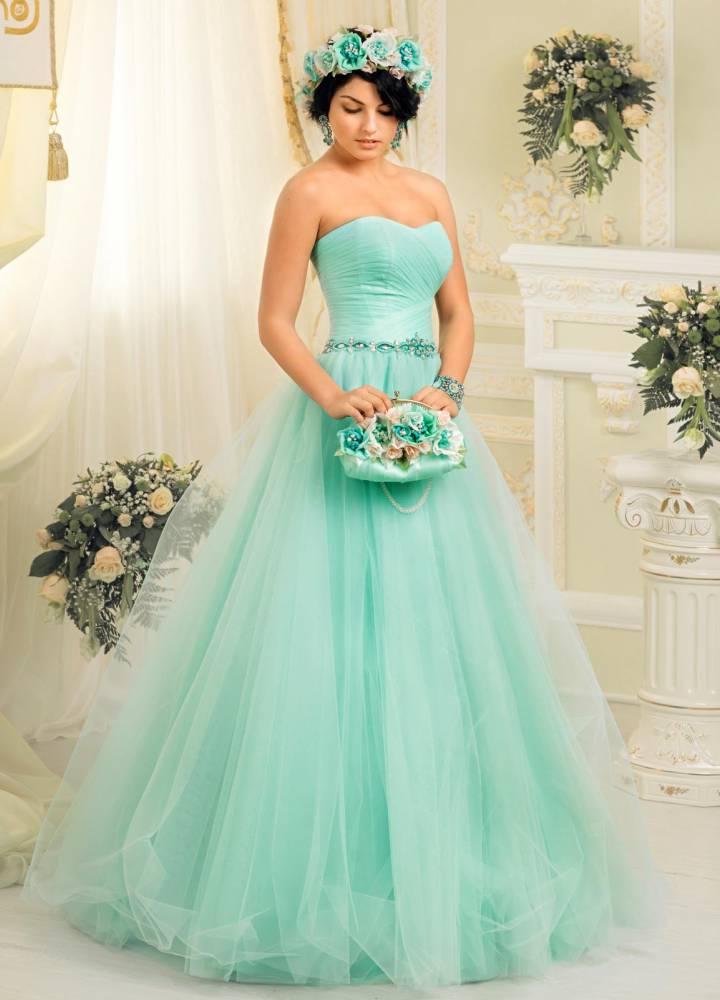 Свадебное платье пастельной палитры