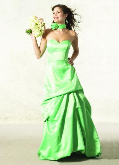 Свадебное платье зеленого цвета 3