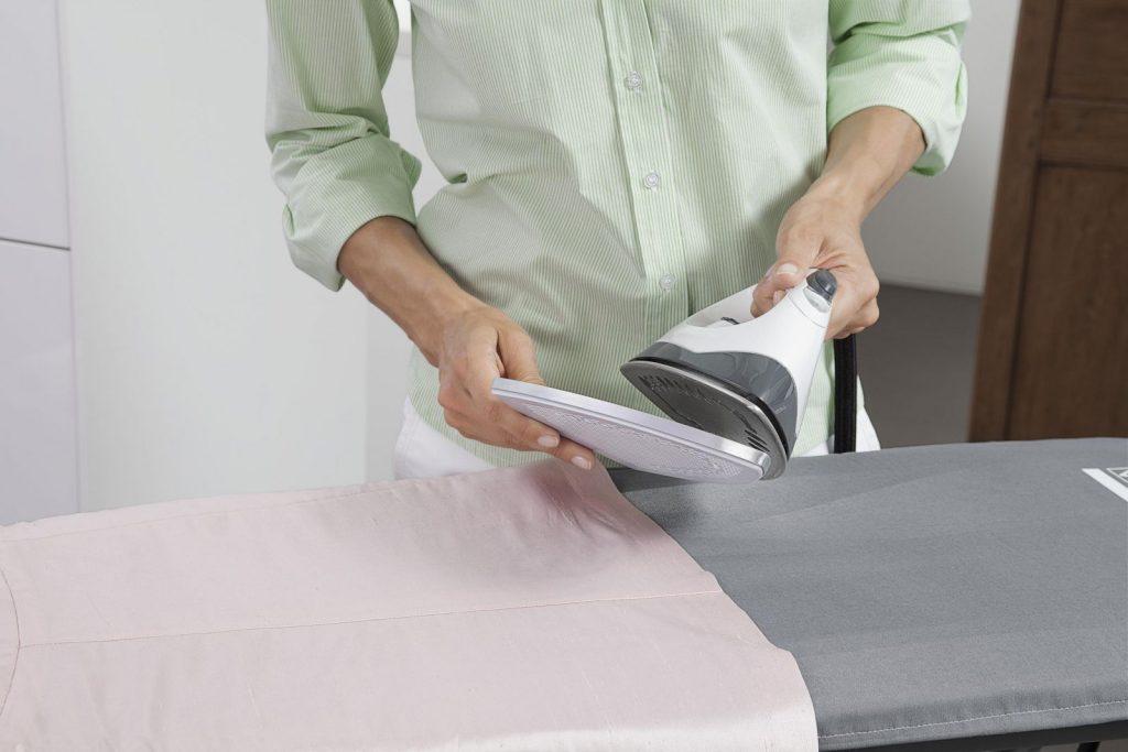 Способы очистки утюга