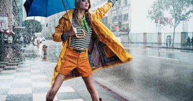 Стильный образ под дождем