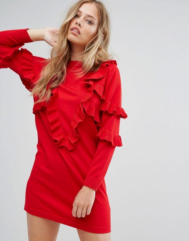 Трикотажное платье с оборками