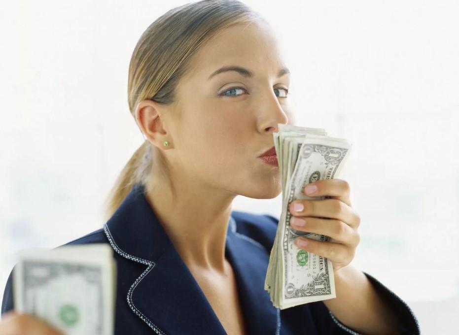 Женская жадность фото 4