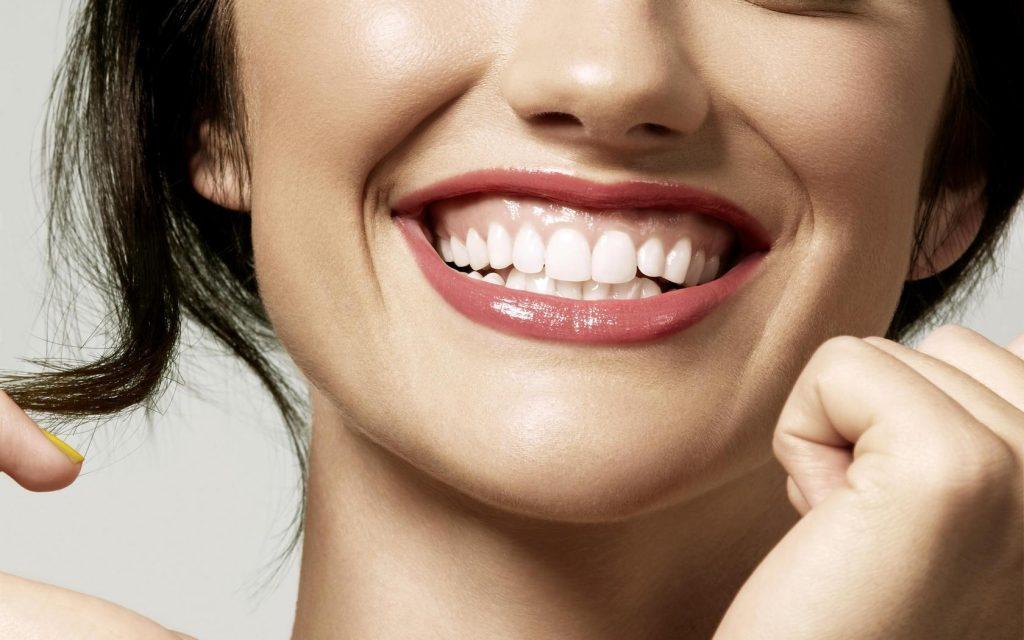 Как отбелить тетрациклиновые зубы?