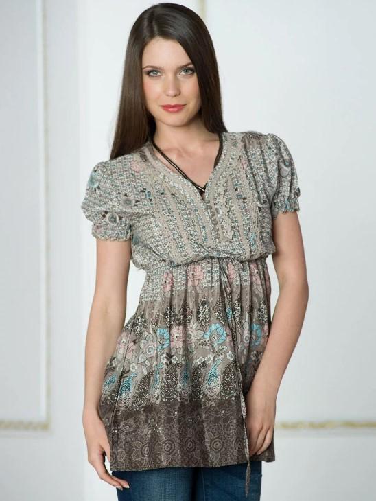 Блузка с завышенной линией талии