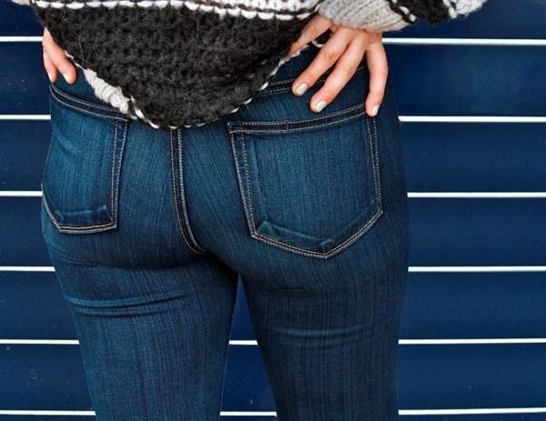 Как выбрать женские  джинсы по фигуре